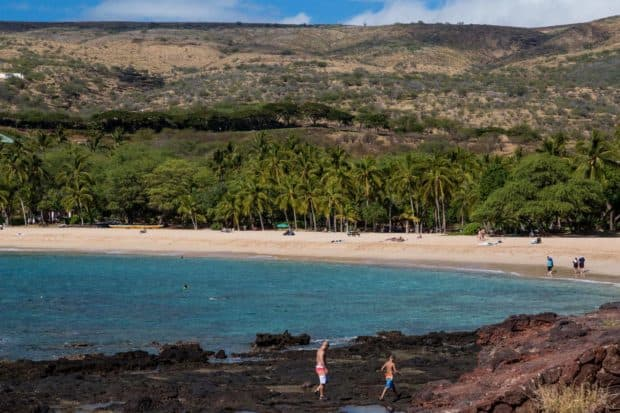 Tidepoolsat Hulopoe Bay